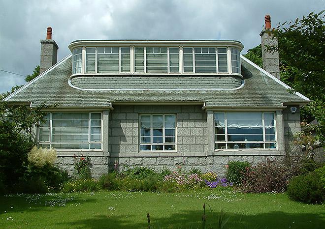 1930s West End villa